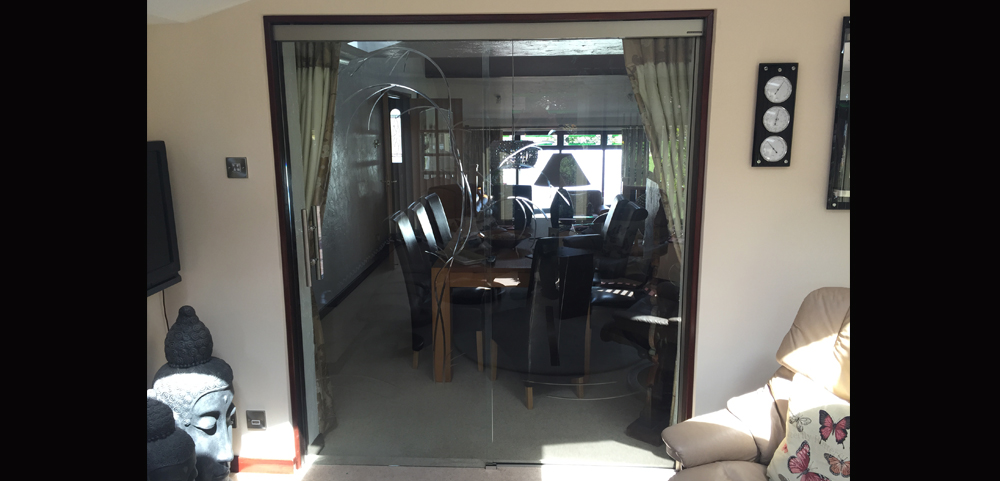 sliding door partition wall