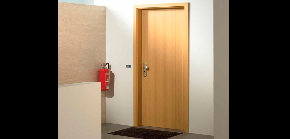 Thermal Insulated Door   Entrance Of Flat Maple Real Wood Veneer With Beech  Inserts Insulated Door With Frame And Architrave