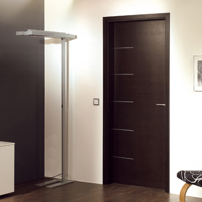 Dark oak veneer door set with inalys