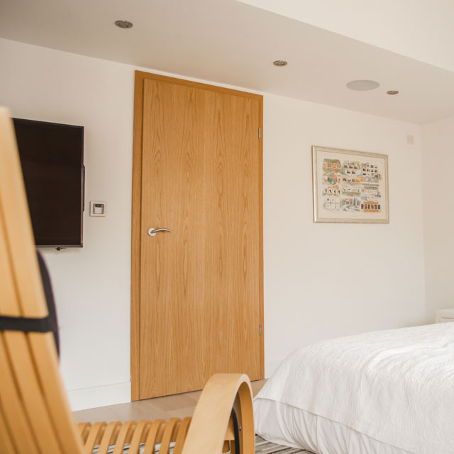 Floor to ceiling oak bedroom door