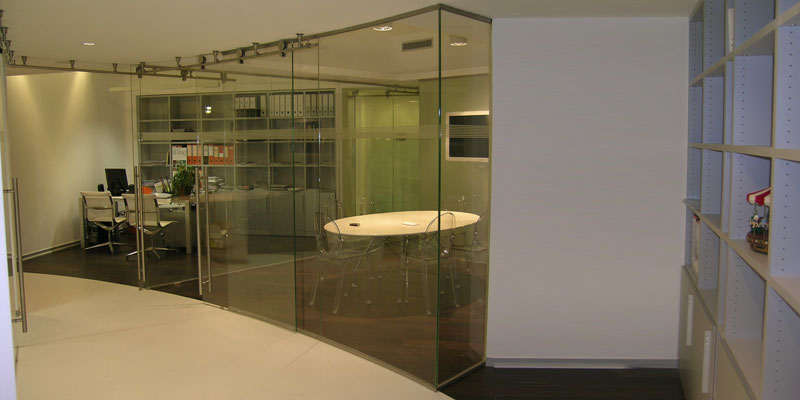 glass room dividers