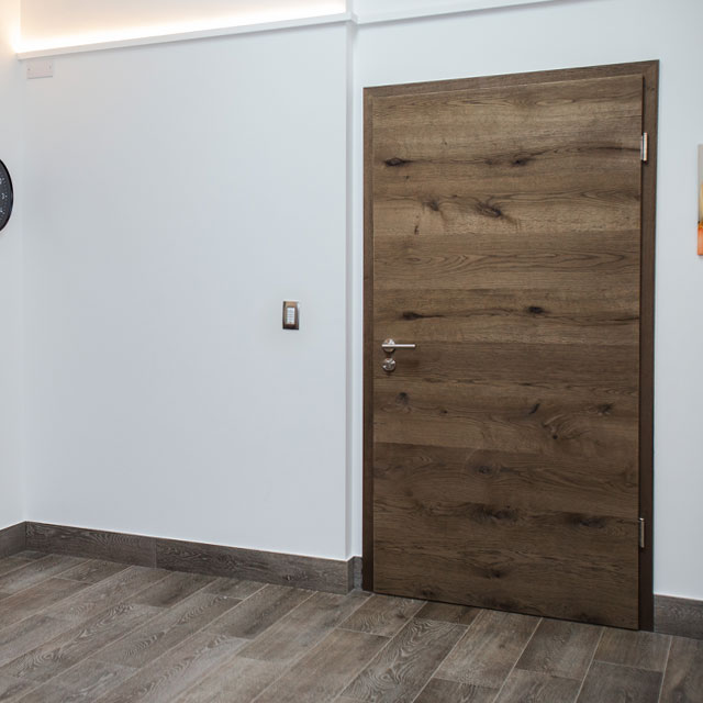 pre-hung doors with veneer surface