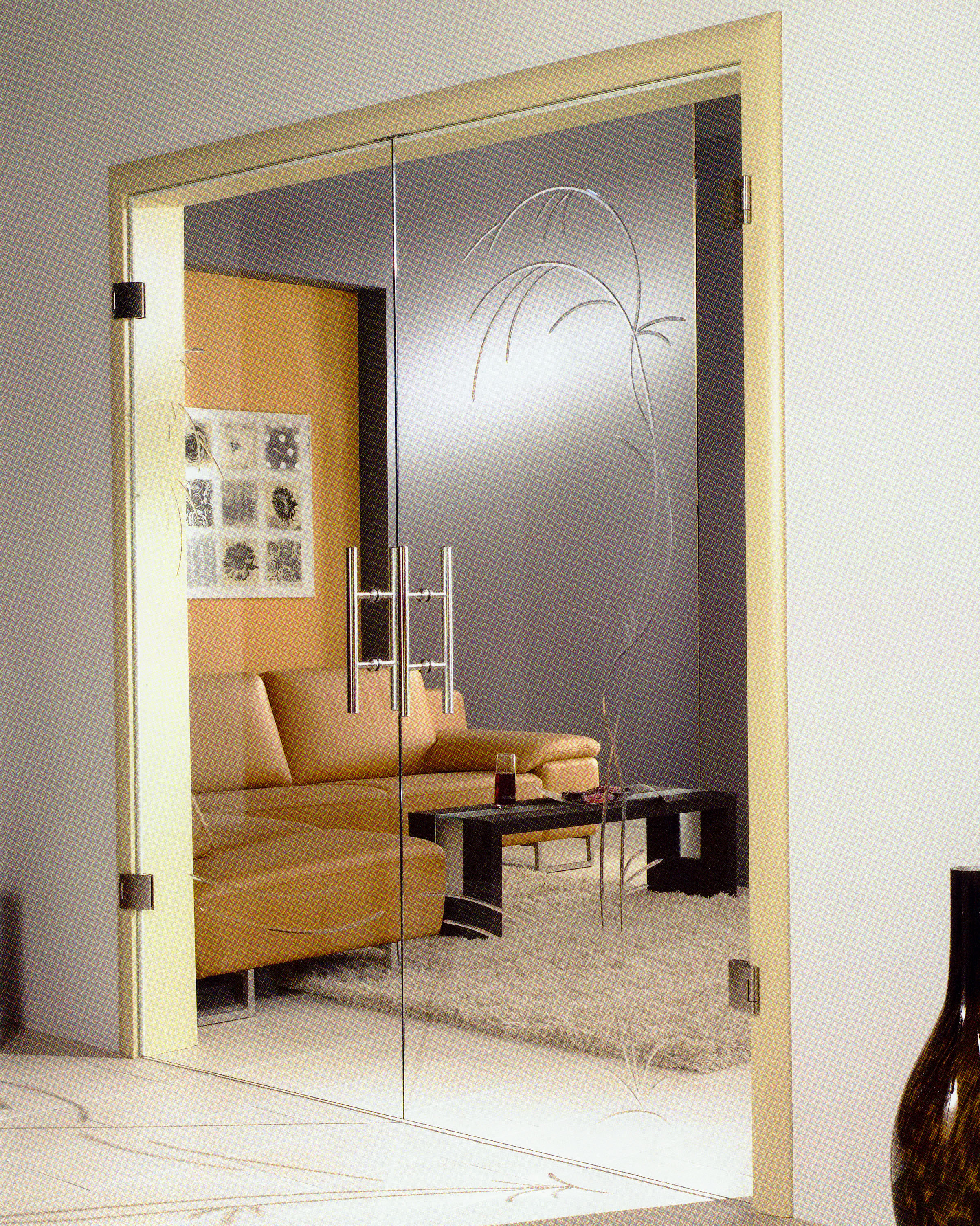 Noblessa Grooved Glass Door Design