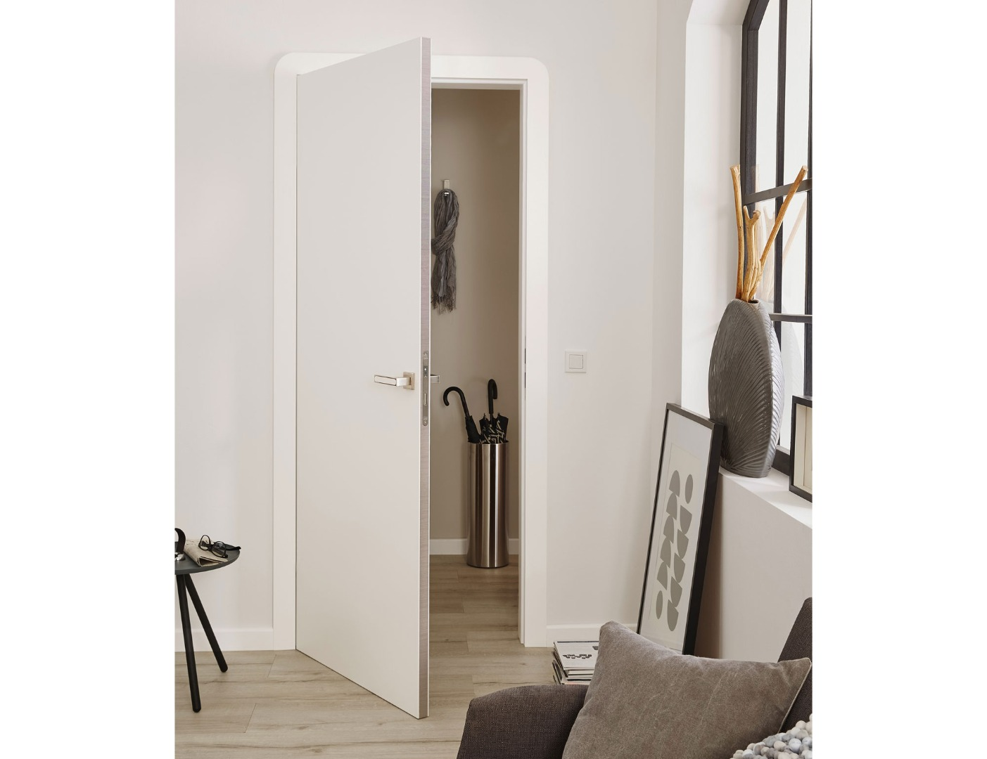 plain white internal doors